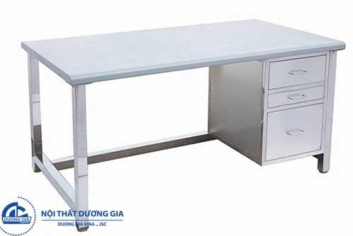 Những ưu điểm vượt trội của các mẫu bàn làm việc inox