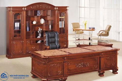 Nâng cao tầm vóc doanh nghiệp với mẫu bàn Giám đốc gỗ tự nhiên