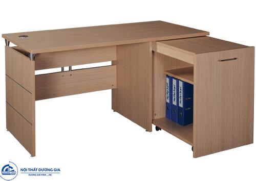 Tại sao bàn làm việc văn phong bằng gỗ được dùng phổ biến?
