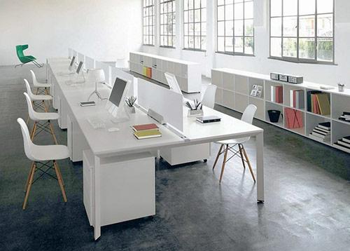 Sử dụng chất liệu kính trong thiết kế văn phòng 30m2