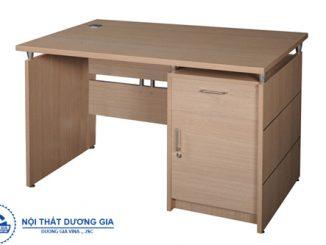 Chọn bàn văn phòng 1m4 như thế nào để làm việc hiệu quả nhất?